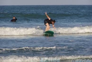 20701241653-Surfing