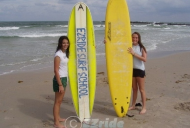 20712131852-Surfing-with-your-friend-in-Florida