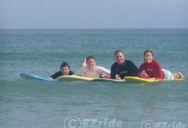 20803031747-EZride-Surf-Lessons-for-Families