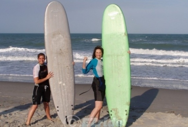 2Surf-Lessons-with-Mom