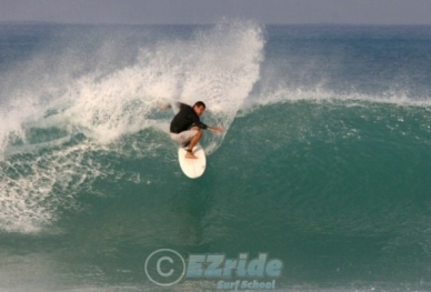 20709061349-EZride-Surfing-Pictures