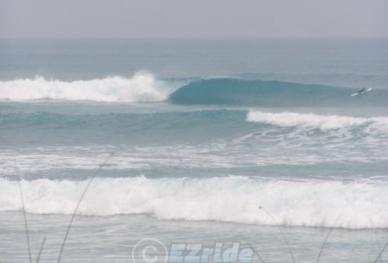 20712131906-EZride-Surf-Report