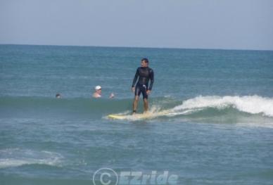 20712131913-EZRIDE-PROFESSIONAL-SURF-LESSONS