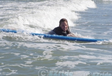 20902171729-Surf-Lessons-Contact-I