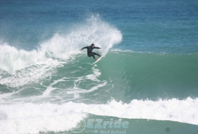 2Surf-lessons-with-Marcello-Loureiro-2